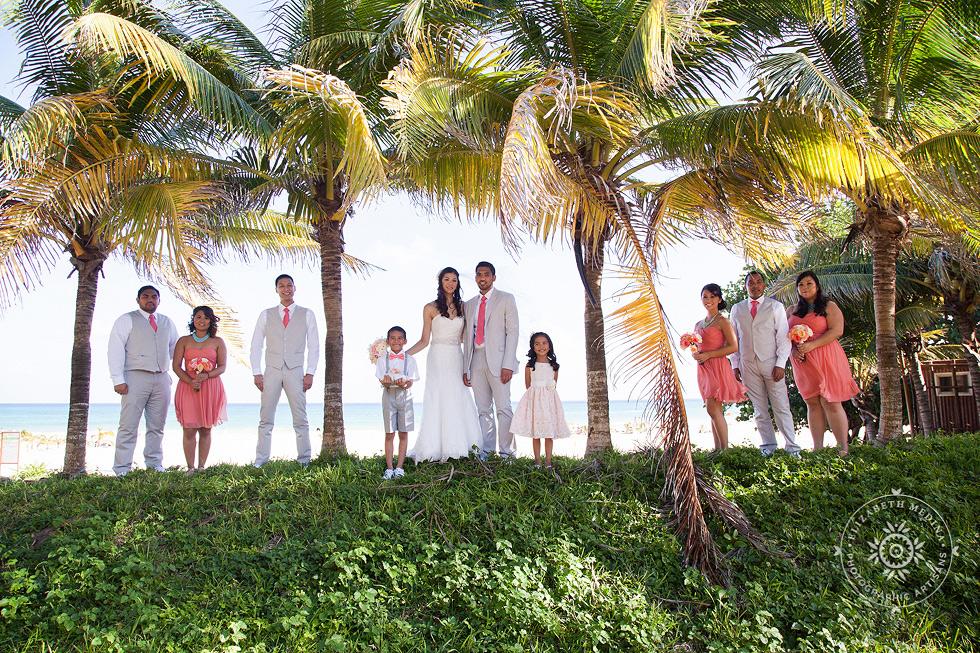 elizabethmedina playacar palace wedding photographer_793_010 Playacar Palace Wedding Photography Playa del Carmen, Ranielle and John