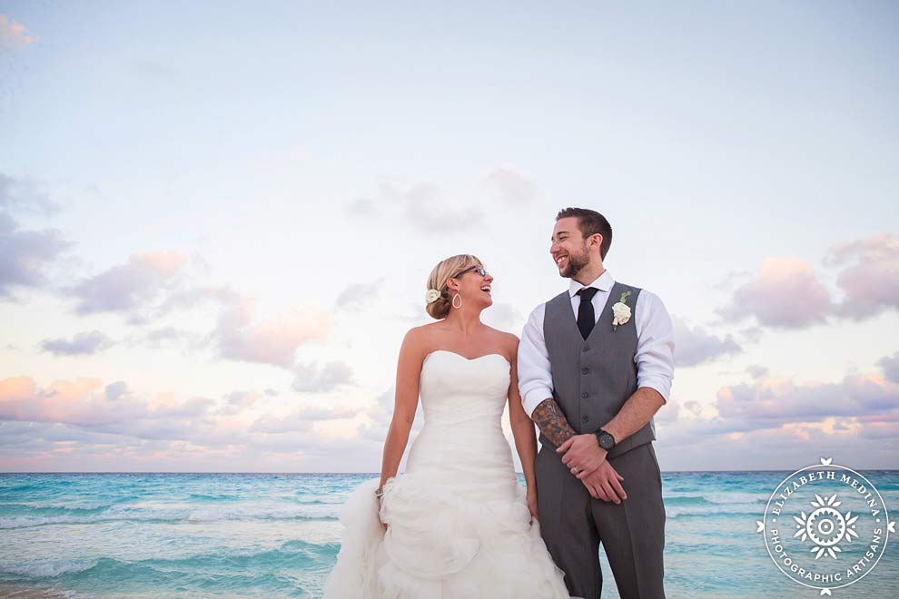 cancun wedding photos Elizabeth Medina Photography