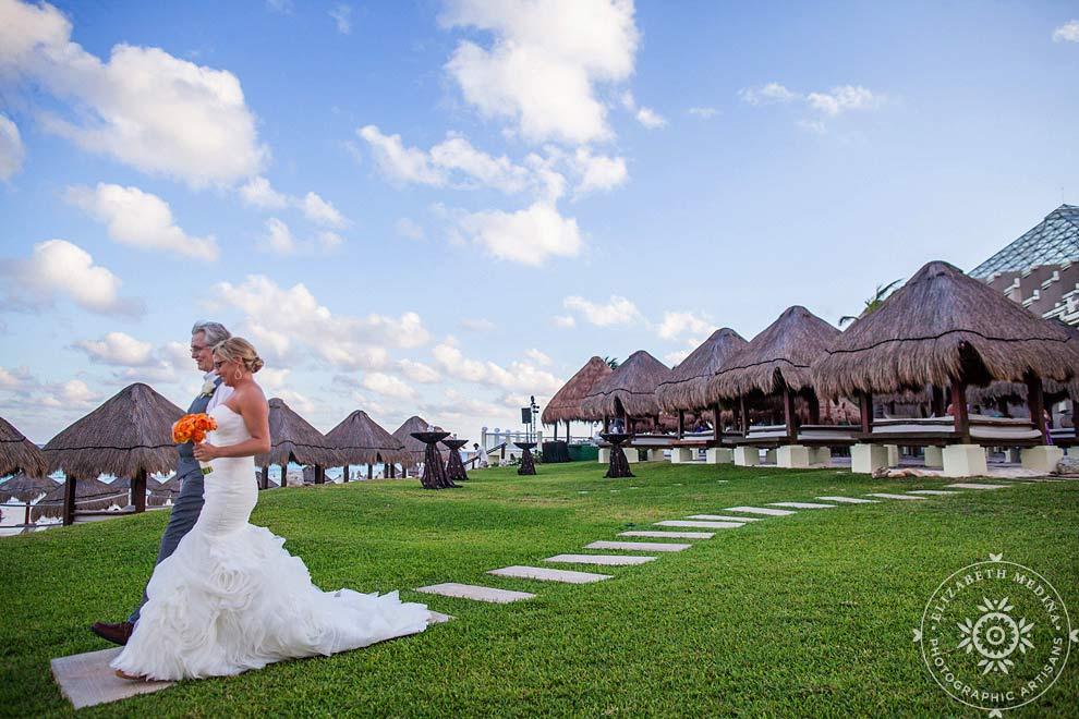 cancun_wedding_photos_elizabethmedina_011 Wedding Photography in Cancun, Paradisus Cancun, Sarah and Steve  03-01-2014