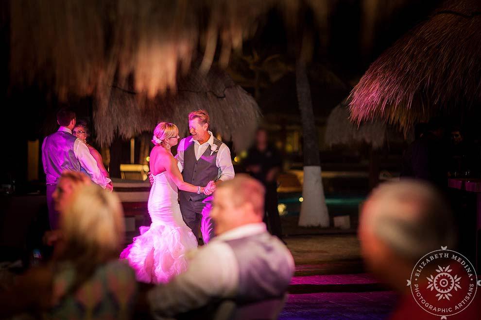 cancun_wedding_photos_elizabethmedina_027 Wedding Photography in Cancun, Paradisus Cancun, Sarah and Steve  03-01-2014