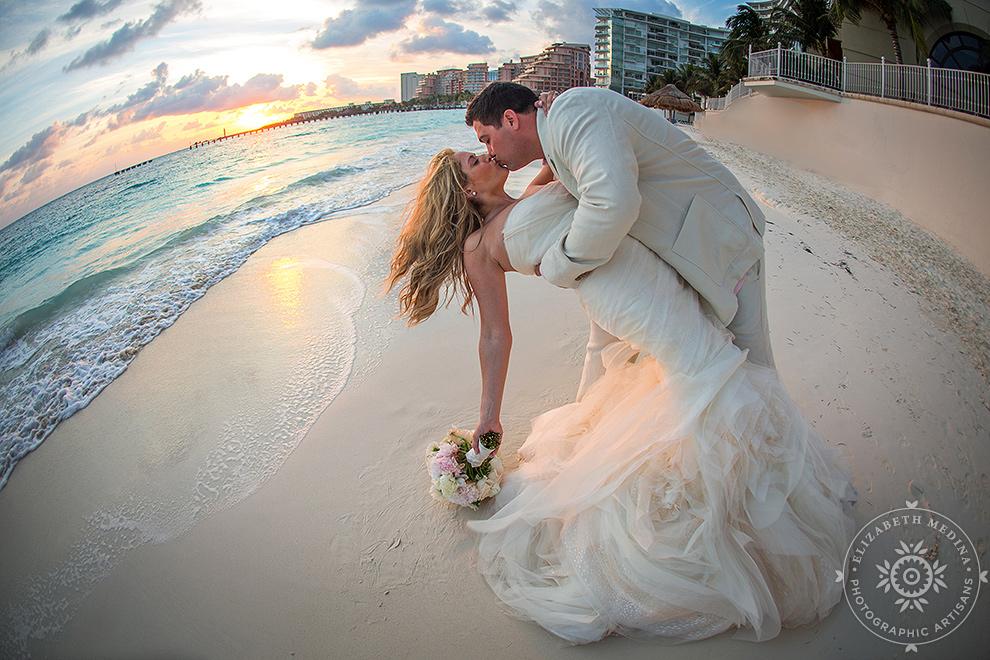 cancun_trash the dress photos elizabeth medina 004 Trash the Dress and Wedding Photography, Beach Palace Cancun Mexico