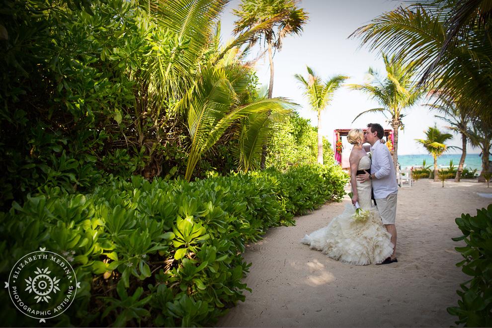 el_dorado_royale_wedding_photographer_mexico_emedina_023 El Dorado Royale Wedding Photography, Becky and Ant's Destination Wedding   04 15 2014