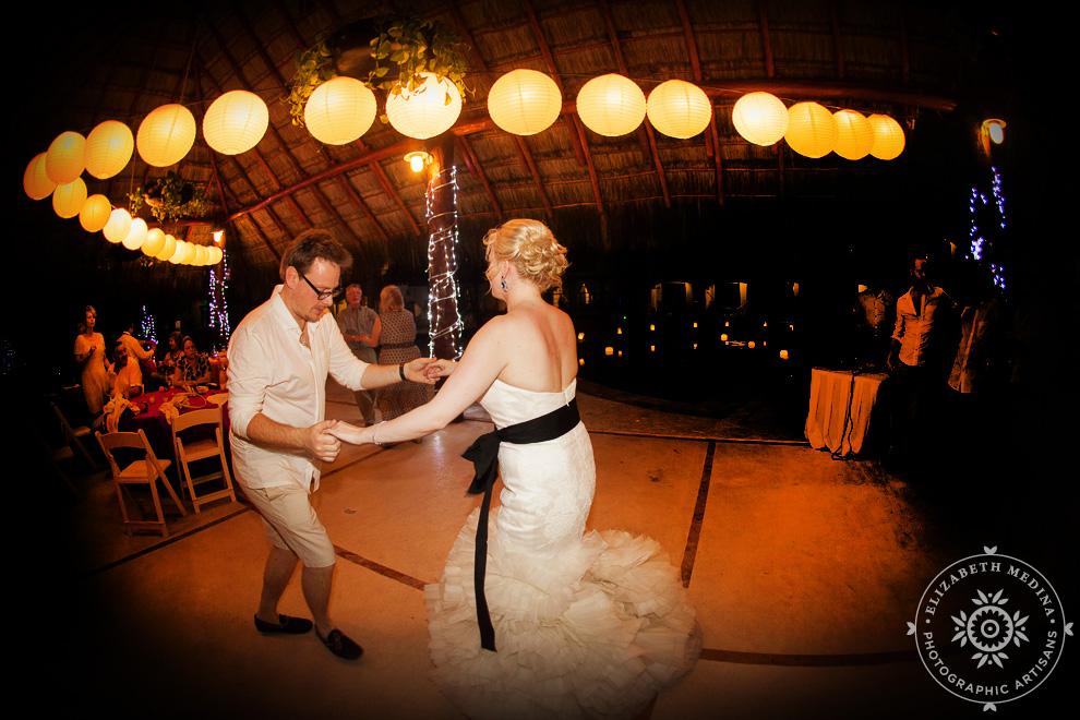 el_dorado_royale_wedding_photographer_mexico_emedina_040 El Dorado Royale Wedding Photography, Becky and Ant's Destination Wedding   04 15 2014