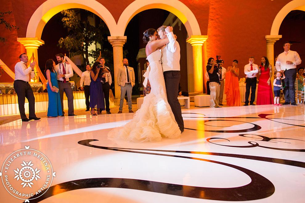 playa del carmen wedding photographer emedina 803_023 Xcaret Eco Park Wedding Photography, Yvette and Philip, Mexico Wedding