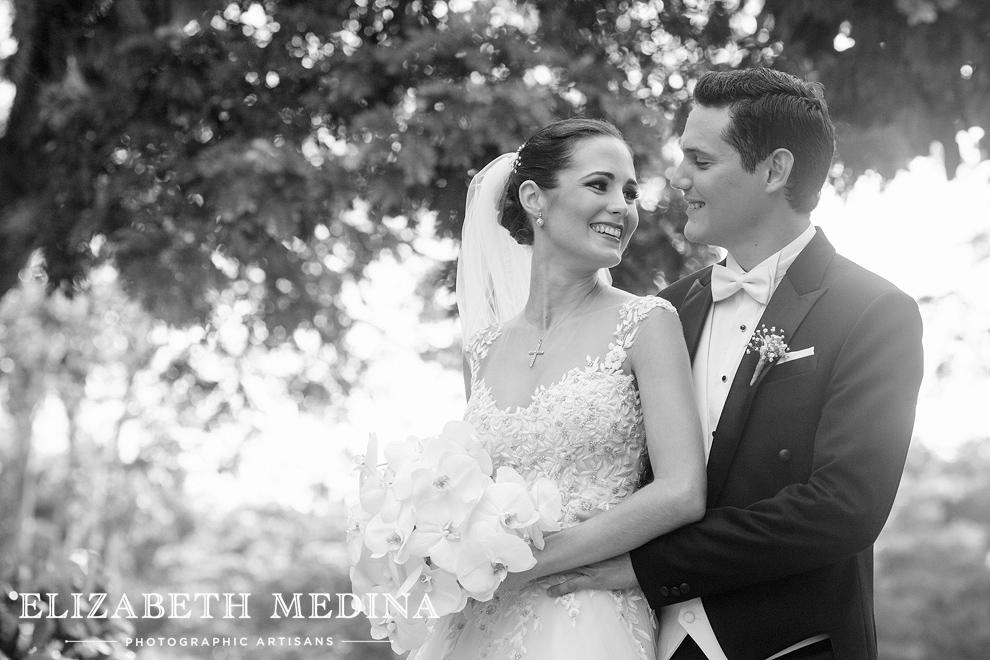 elizabeth_medina_merida_photographer_813_015 Lula and Daniel, Hacienda San Diego Cutz Wedding