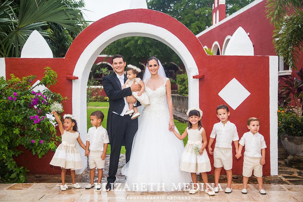 elizabeth_medina_merida_photographer_813_016 Lula and Daniel, Hacienda San Diego Cutz Wedding