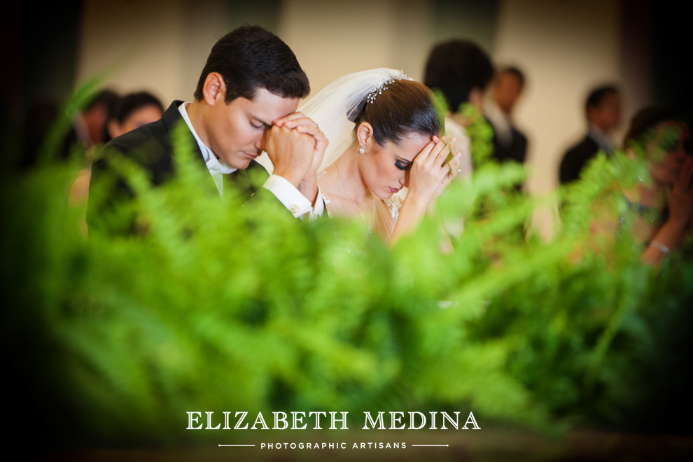 elizabeth_medina_merida_photographer_813_021 Lula and Daniel, Hacienda San Diego Cutz Wedding