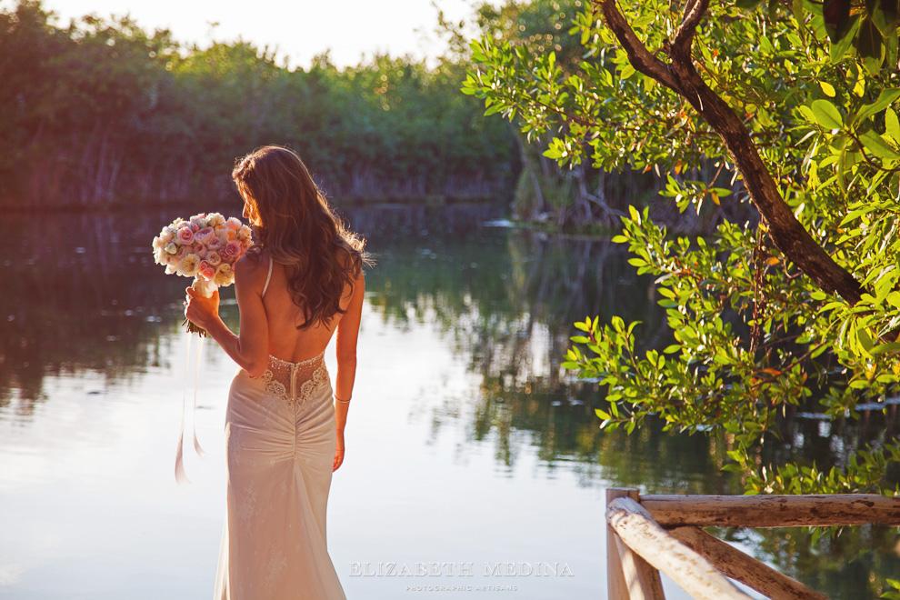 elizabeth medina banyan tree wedding030 Photographer Banyan Tree Mayakoba, Destination Wedding