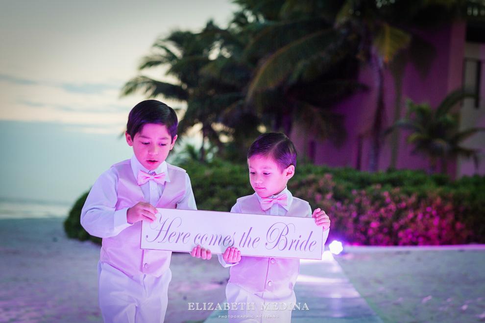 elizabeth medina banyan tree wedding044 Photographer Banyan Tree Mayakoba, Destination Wedding