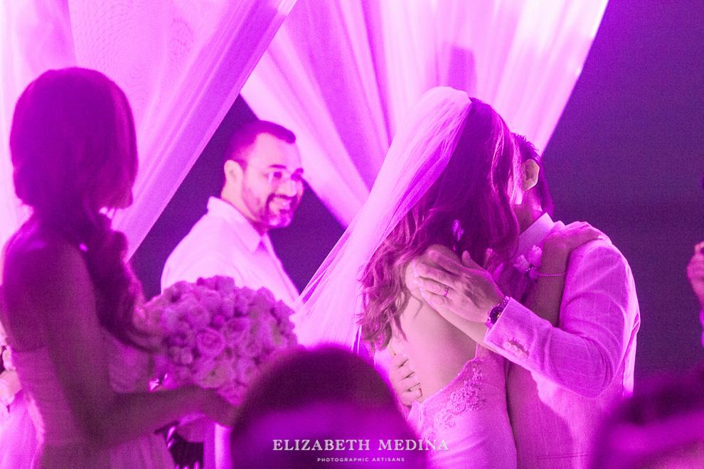 elizabeth medina banyan tree wedding050 Photographer Banyan Tree Mayakoba, Destination Wedding