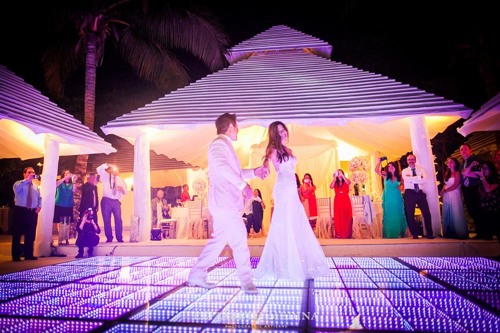 elizabeth medina banyan tree wedding071 Photographer Banyan Tree Mayakoba, Destination Wedding