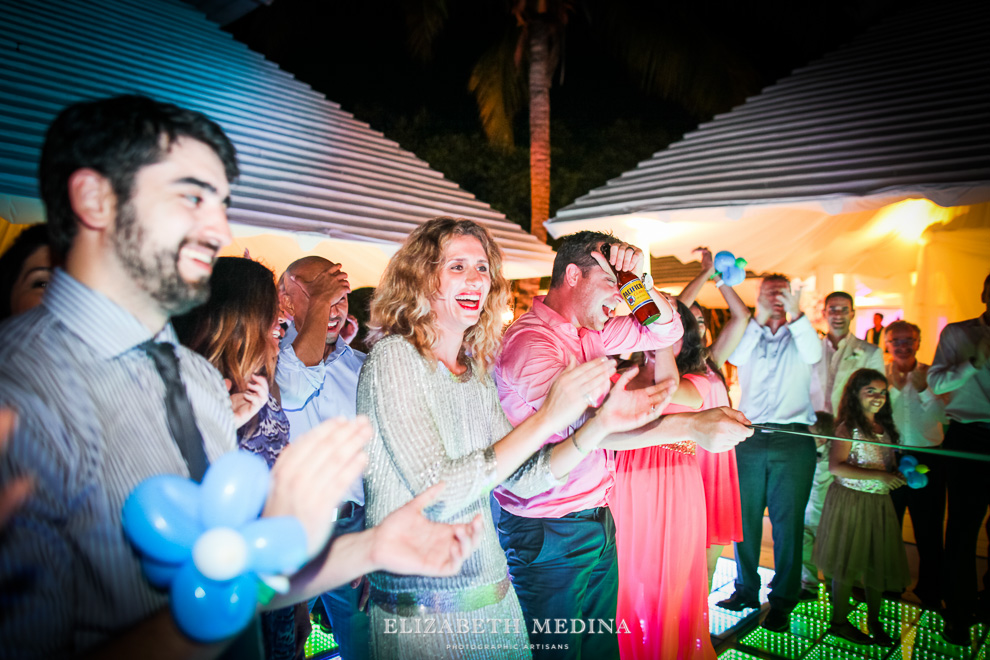 elizabeth medina banyan tree wedding083 Photographer Banyan Tree Mayakoba, Destination Wedding
