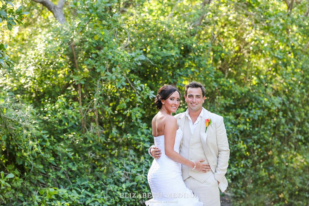 822_115 Dylan and Ally, Mayan Riviera Wedding at the Grand Palladium Colonial  01 05 2015