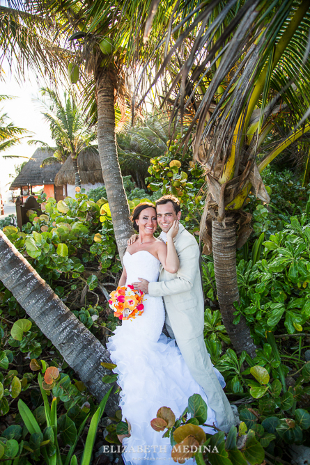 822_154 Dylan and Ally, Mayan Riviera Wedding at the Grand Palladium Colonial  01 05 2015