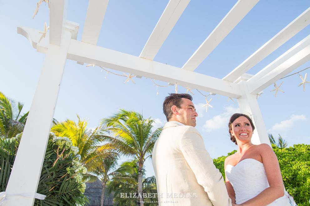 822_202 Dylan and Ally, Mayan Riviera Wedding at the Grand Palladium Colonial  01 05 2015