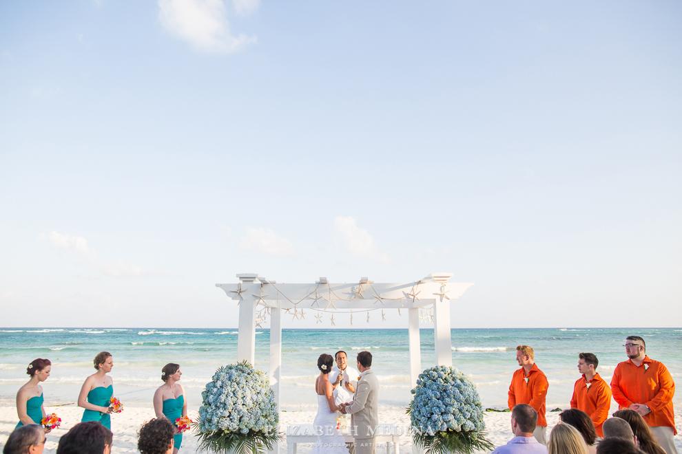 822_232 Dylan and Ally, Mayan Riviera Wedding at the Grand Palladium Colonial  01 05 2015