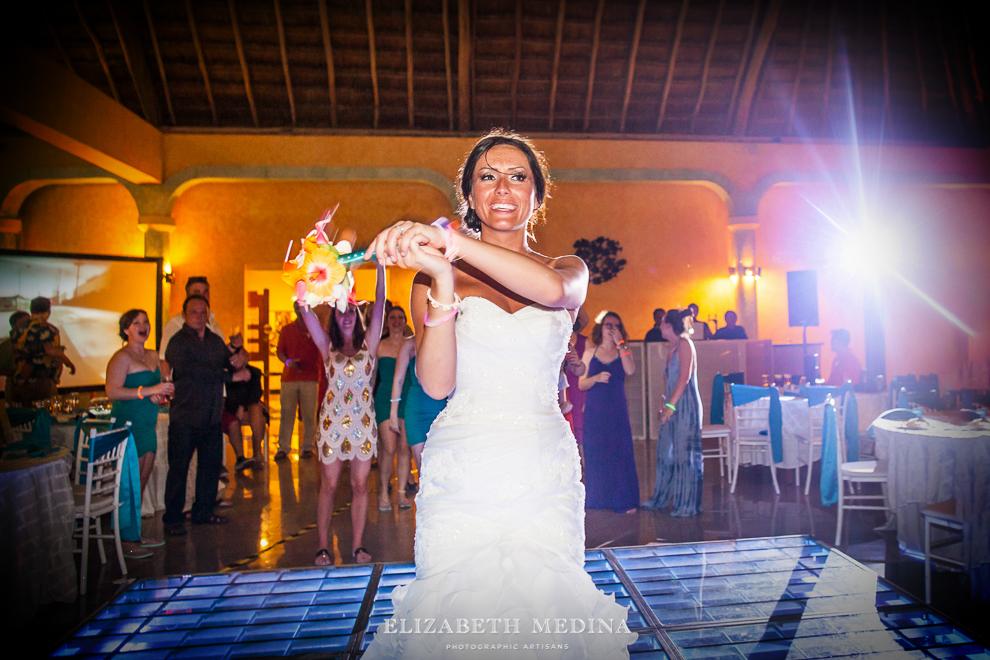 822_620 Dylan and Ally, Mayan Riviera Wedding at the Grand Palladium Colonial  01 05 2015