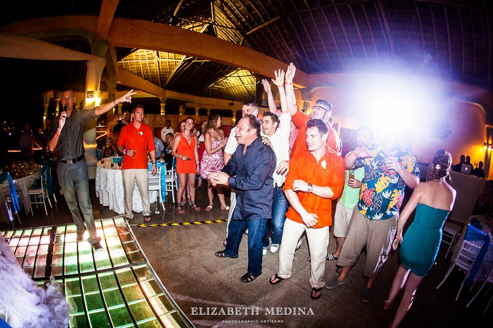 822_628 Dylan and Ally, Mayan Riviera Wedding at the Grand Palladium Colonial  01 05 2015
