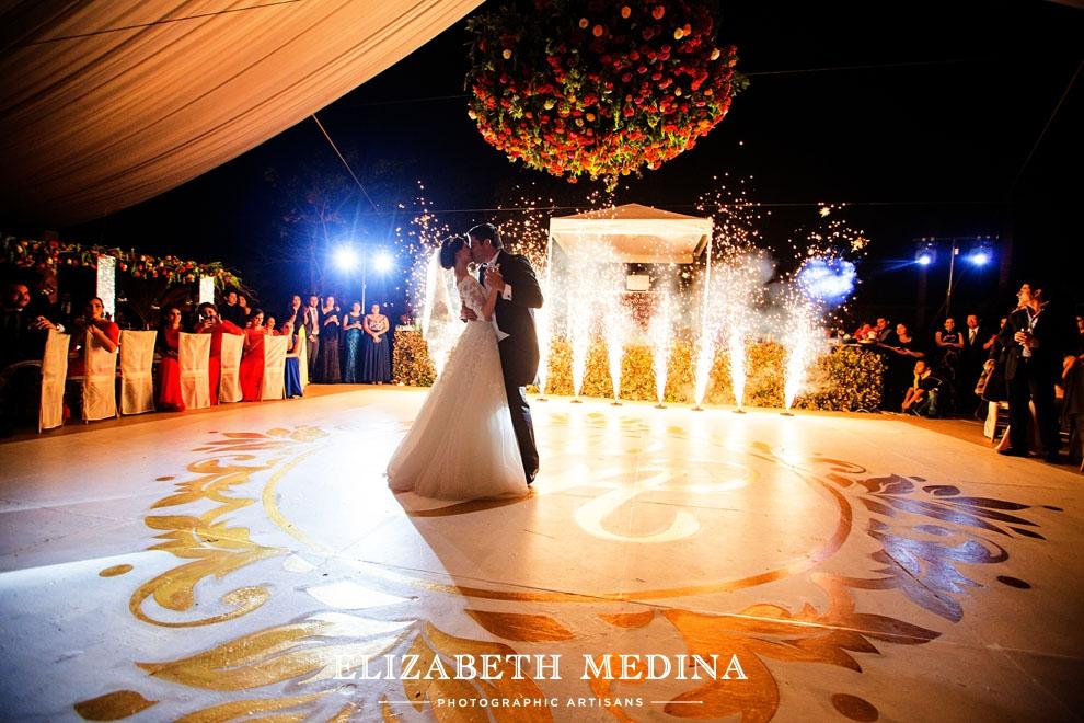elizabeth medina san diego cutz wedding 899 Boda en Merida Hacienda,  Andrea y Alejandro, destination wedding fotografia de Elizabeth Medina