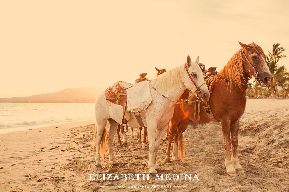 Elizabeth Medina Puerto Vallarta Wedding Photographer 1 Destination Weekend