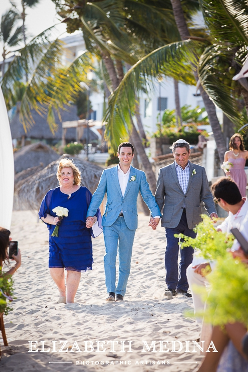 puerto wedding photographer elizabeth medina 081 Puerto Vallarta Wedding, Martoca Beach Garden