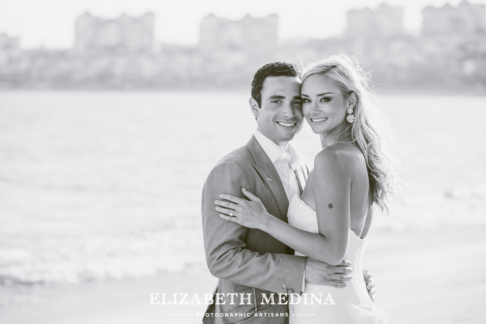 puerto wedding photographer elizabeth medina 111 Puerto Vallarta Wedding, Martoca Beach Garden