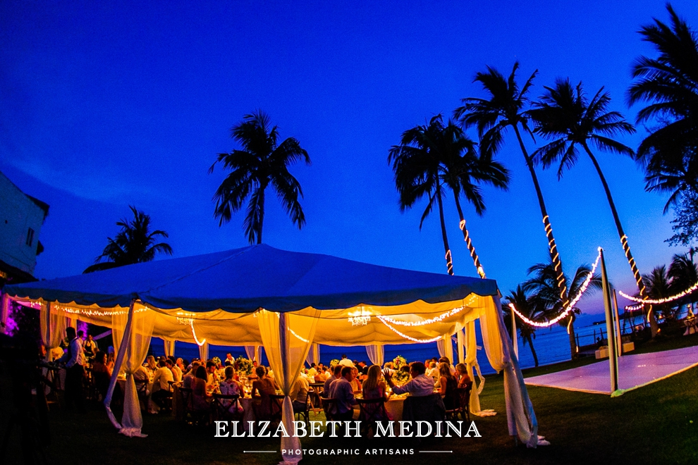 puerto wedding photographer elizabeth medina 117 Puerto Vallarta Wedding, Martoca Beach Garden