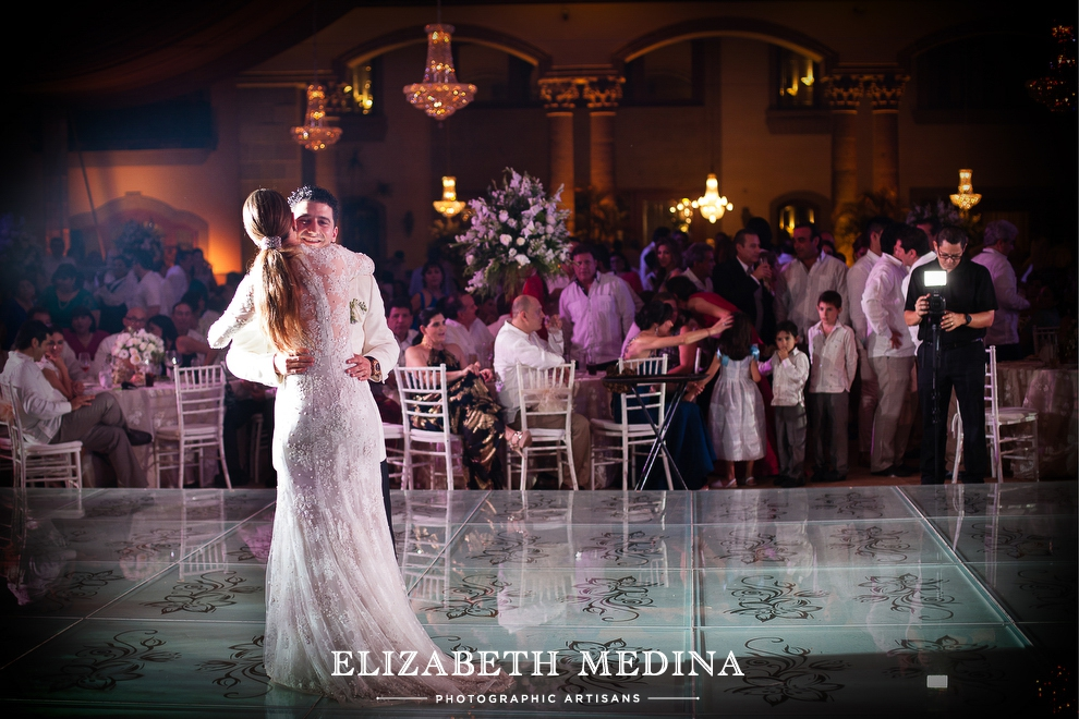 ELIZABETH MEDINA PHOTOGRAPHY MERIDA_WEDDING 020 Merida, Mexico Wedding, Ale y Gibran