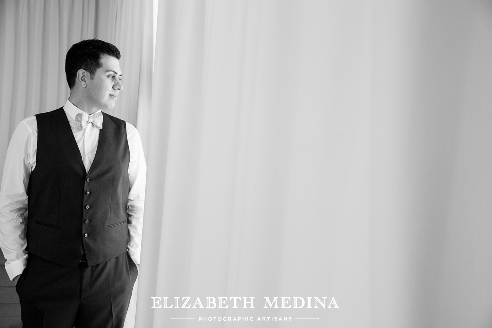 mexico photographer cancun wedding elizabeth medina 808 Cancun Wedding and Trash the Dress Photography, Secrets the Vine Resort