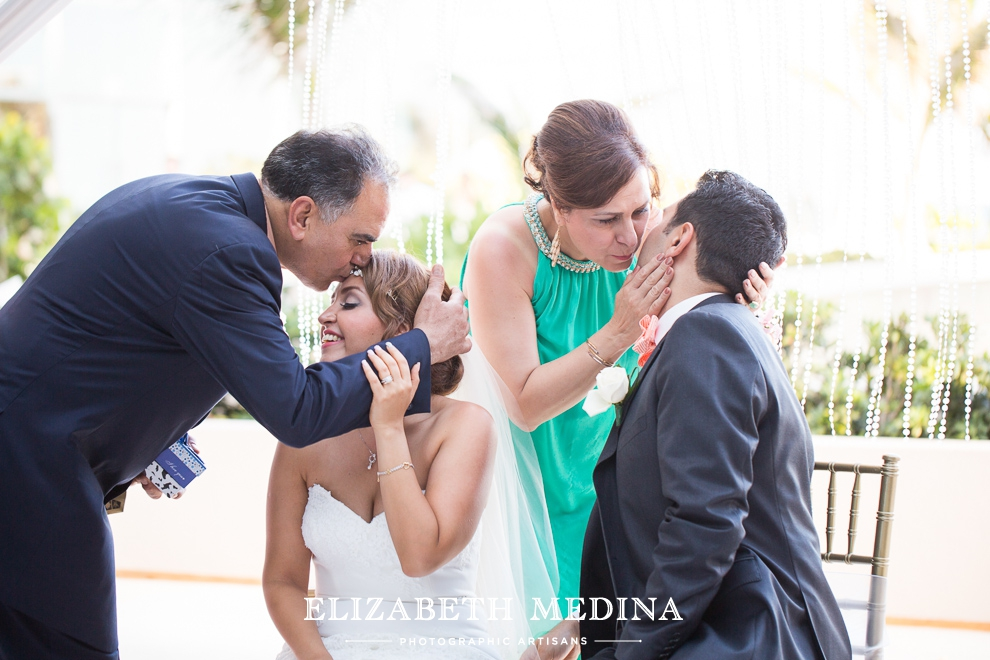 mexico photographer cancun wedding elizabeth medina 822 Cancun Wedding and Trash the Dress Photography, Secrets the Vine Resort