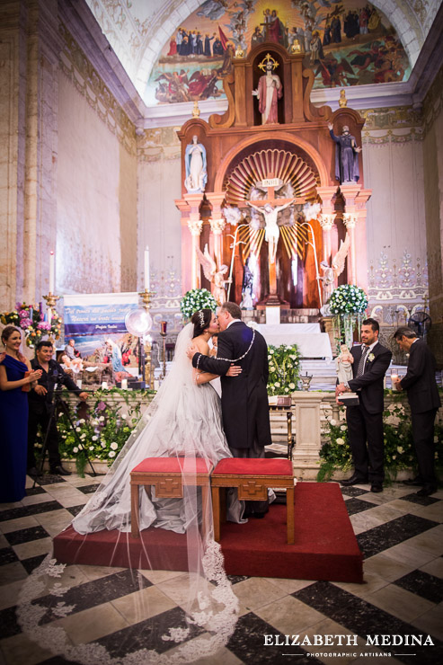merida yucatan destination wedding photographer elizabeth medina 856 118 Elegant Merida Wedding, Lizbeth and Massimiliano, Hacienda San Diego Cutz Wedding