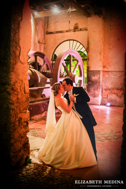 yucatan hacienda wedding photographer elizabeth medina 047 Merida Hacienda Wedding, Elba and Marco, Hacienda Tekik de Regil