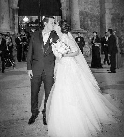 Merida Hacienda Photographer, San Diego Cutz Wedding of Daniela y Jesus