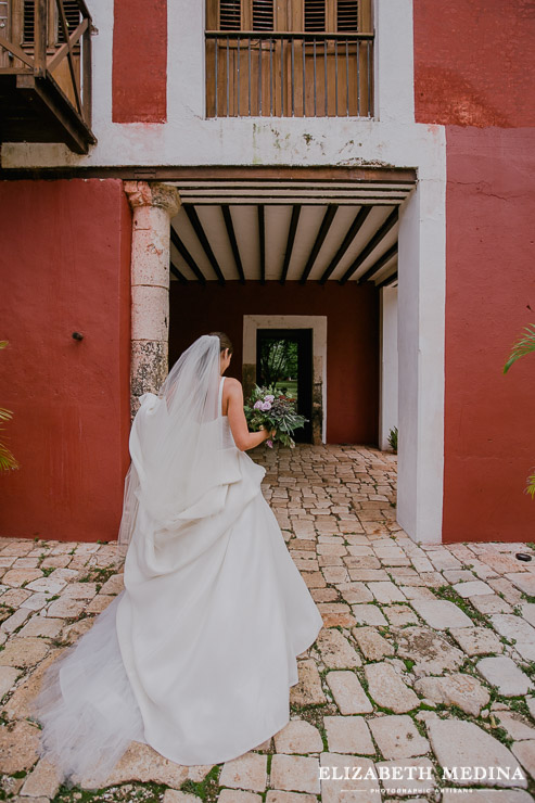 hacienda ochil destination wedding elizabeth medina 016 Hacienda Ochil Wedding Magic, Ana y Vincent