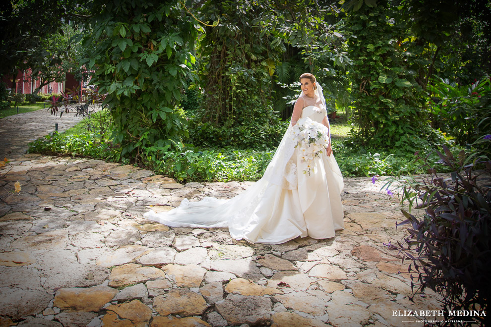 yucatan hacienda_elizabeth medina photography blog 016 Stunning Hacienda Wedding Photography in Beautiful Yucatan Mexico, Valentina y Patricio