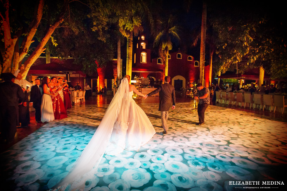 yucatan hacienda_elizabeth medina photography blog 054 Stunning Hacienda Wedding Photography in Beautiful Yucatan Mexico, Valentina y Patricio