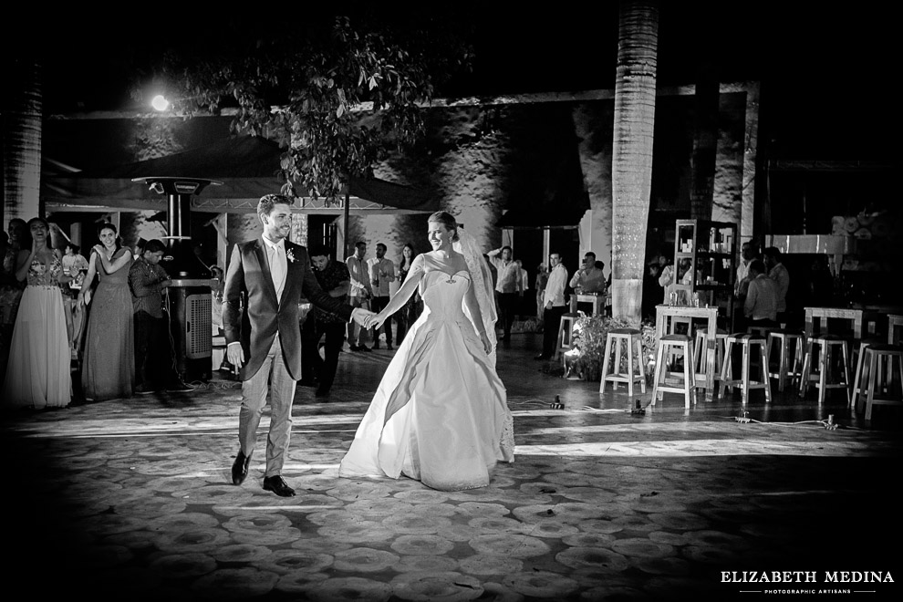 yucatan hacienda_elizabeth medina photography blog 061 Stunning Hacienda Wedding Photography in Beautiful Yucatan Mexico, Valentina y Patricio