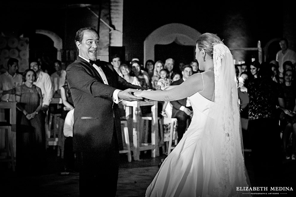 yucatan hacienda_elizabeth medina photography blog 067 Stunning Hacienda Wedding Photography in Beautiful Yucatan Mexico, Valentina y Patricio