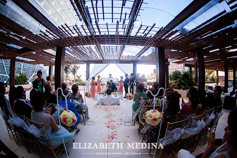 Mexico Photographer Cancun Wedding Elizabeth Medina 818 And Trash The Dress Photography Secrets