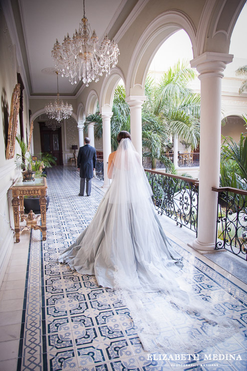 merida yucatan destination wedding photographer elizabeth medina 856 095 Elegant Merida Wedding, Lizbeth and Massimiliano, Hacienda San Diego Cutz Wedding