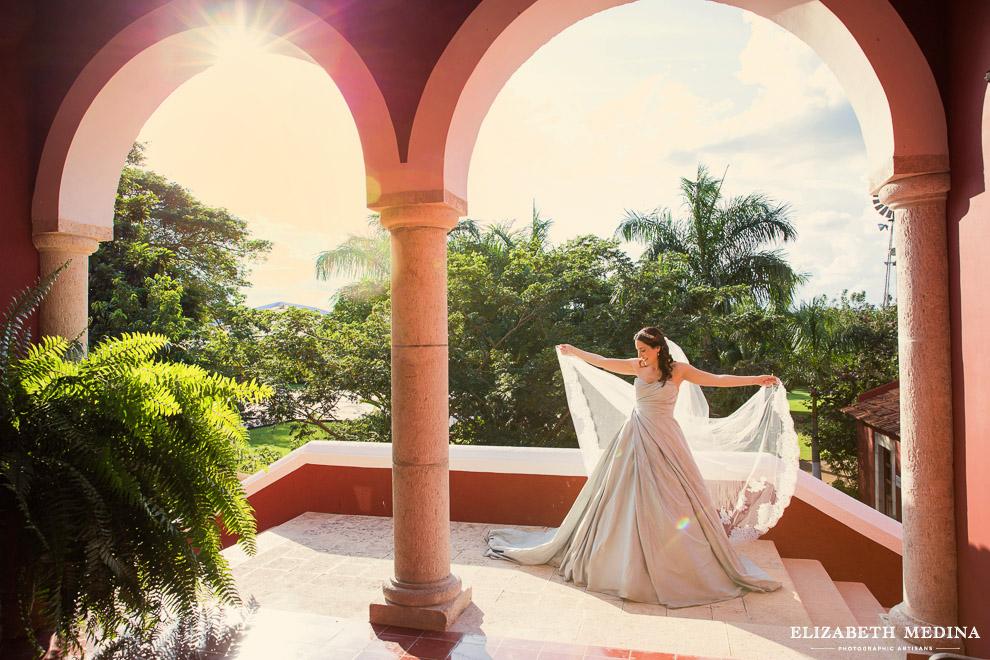merida yucatan destination wedding photographer elizabeth medina 856 144 Elegant Merida Wedding, Lizbeth and Massimiliano, Hacienda San Diego Cutz Wedding