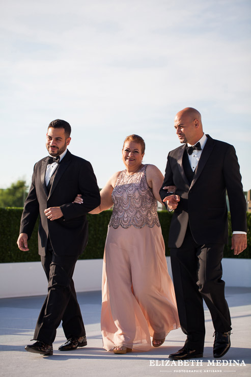 washington DC wedding photographer elizabeth medina photography 866 041 Washington DC Persian Wedding Photography, Madeleine and Pasha´s Big Day