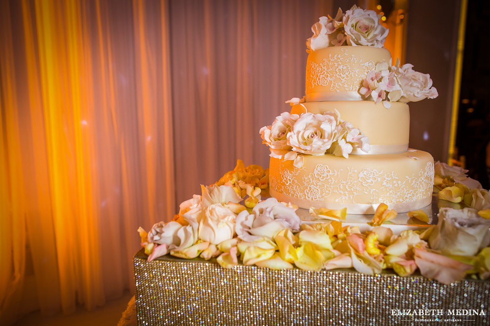 washington DC wedding photographer elizabeth medina photography 866 095 Washington DC Persian Wedding Photography, Madeleine and Pasha´s Big Day